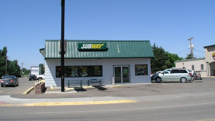 How Much Does It Cost to Start a Subway Franchise?
