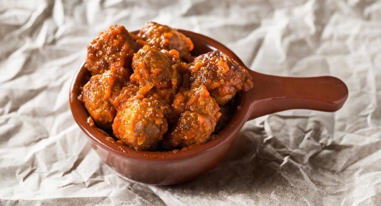 What Are Some Good Recipes for Albondigas?
