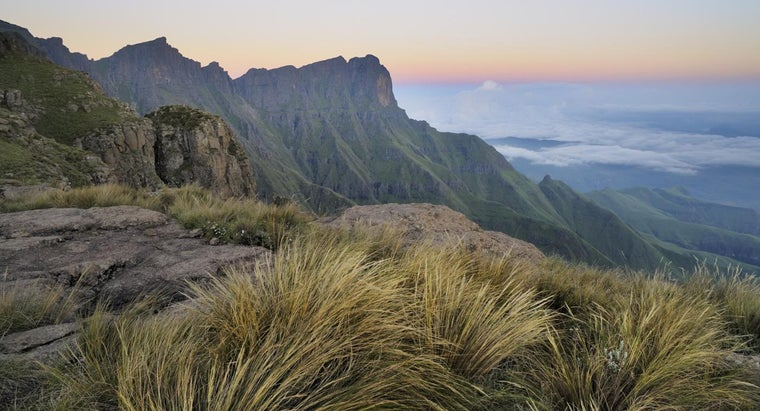 What Is the Highest Mountain Peak in South Africa?