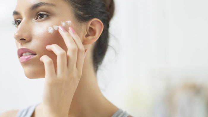 What Over-the-Counter Lotions Can Be Used on Facial Eczema?