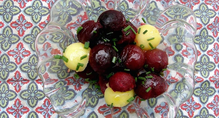 What Is a Good Recipe for Fresh Beet Salad?