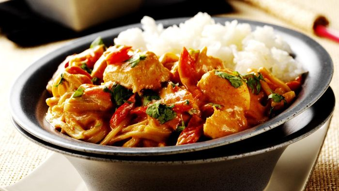 What Ingredients Are Needed for a Curry Chicken Recipe?