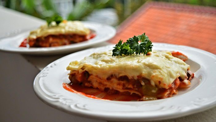 What Is a Good Classic Italian Lasagna Recipe?