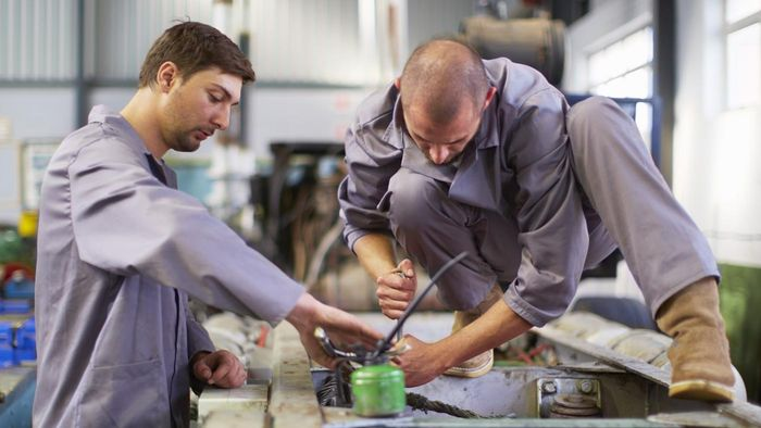 What Education Should You Have Before Seeking Employment As a Diesel Mechanic?