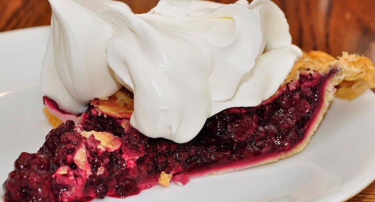 What Are Some Simple Recipes for a Cool Whip Dessert?