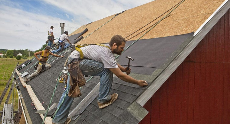 How Can You Find Work As a Flat Roofer?