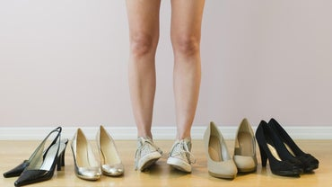 What Are the Best Shoes to Wear for People With Heel Spurs?