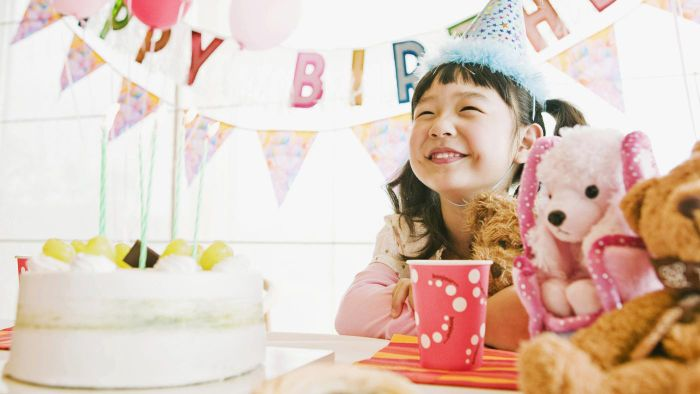 What are some messages to put in your daughter's birthday card?