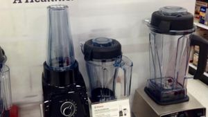 How Does the Ninja Blender Compare to the Vitamix Blender?