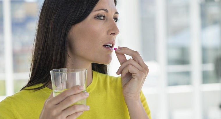What Is a Safe Dosage of Diphenhydramine for an Adult?