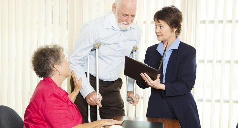 What Types of Cases Do Injury Lawyers Take?