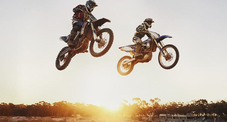 What Are Some Dirt Bike Racing Games?