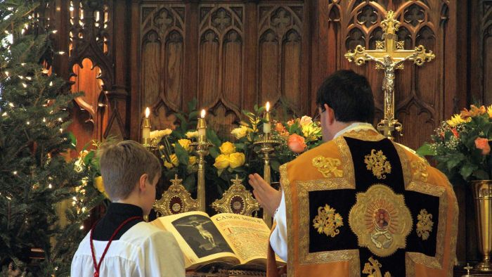 What Is the Official Daily Prayer of the Catholic Church?