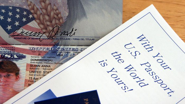 What are the key U.S. passport expiration rules?