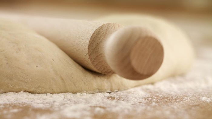 What Is a Simple and Easy Pie Crust Recipe?