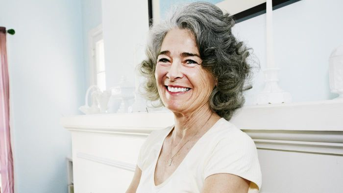 What Are the Best Hairstyles for Women Over the Age of 60?