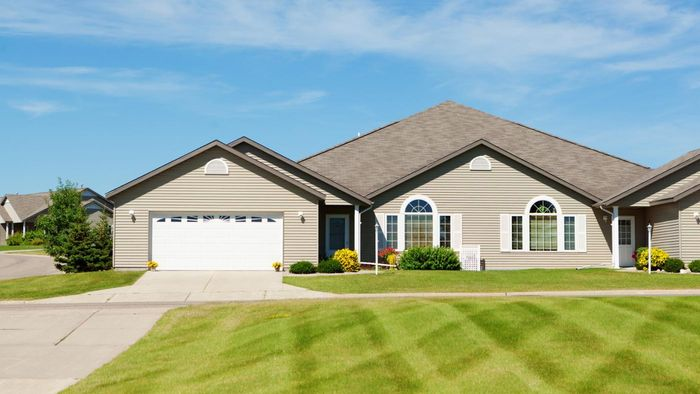 What are some popular home exterior color schemes?
