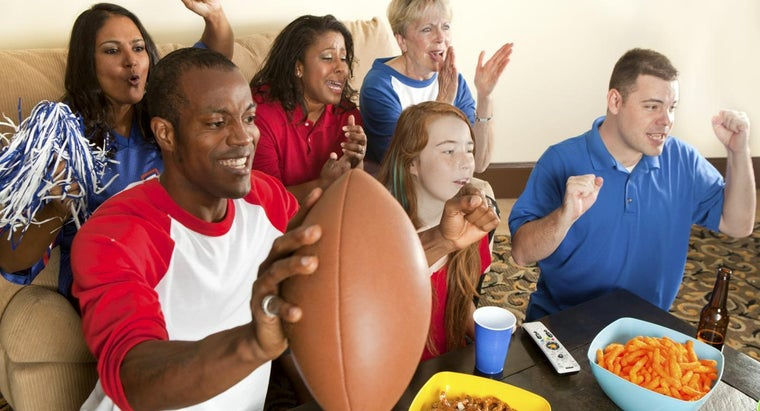 What Are Some Party Ideas for Super Bowl Sunday?