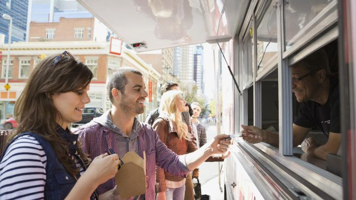 Which Companies Offer Food Truck Rentals?