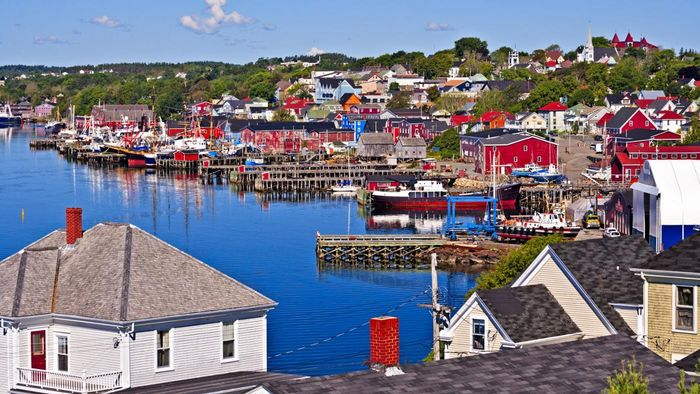 What Are Some Things to Do in Nova Scotia?
