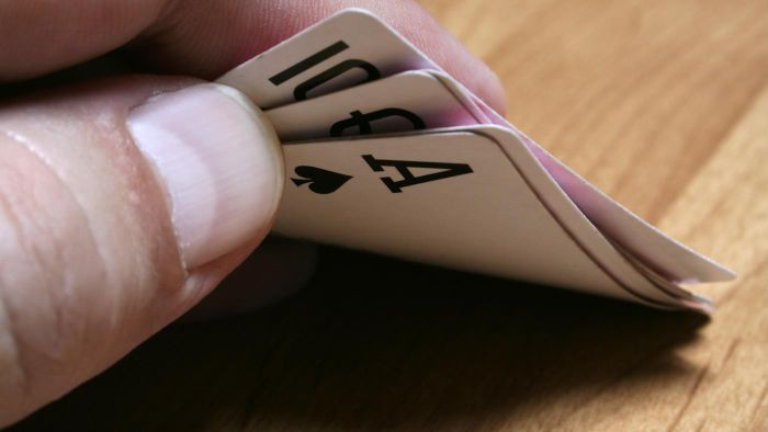 How Do You Play Six-Handed Euchre?