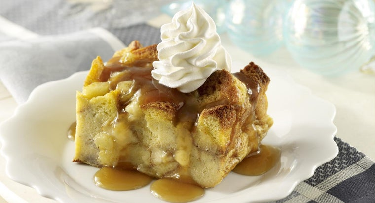 Where Can You Find Paula Deen Bread Pudding Recipes?