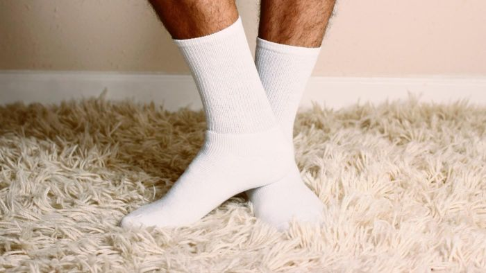 What Are Some Causes of Tingling in Your Feet?