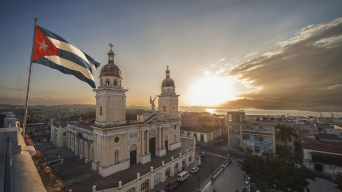 What are the rules for documents needed to travel to Cuba?
