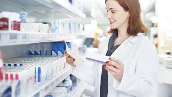 Do Pharmacists Have to Answer Medical Questions for Free?