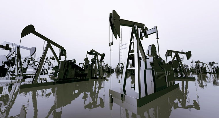 What Causes Changes in Crude Oil Prices?
