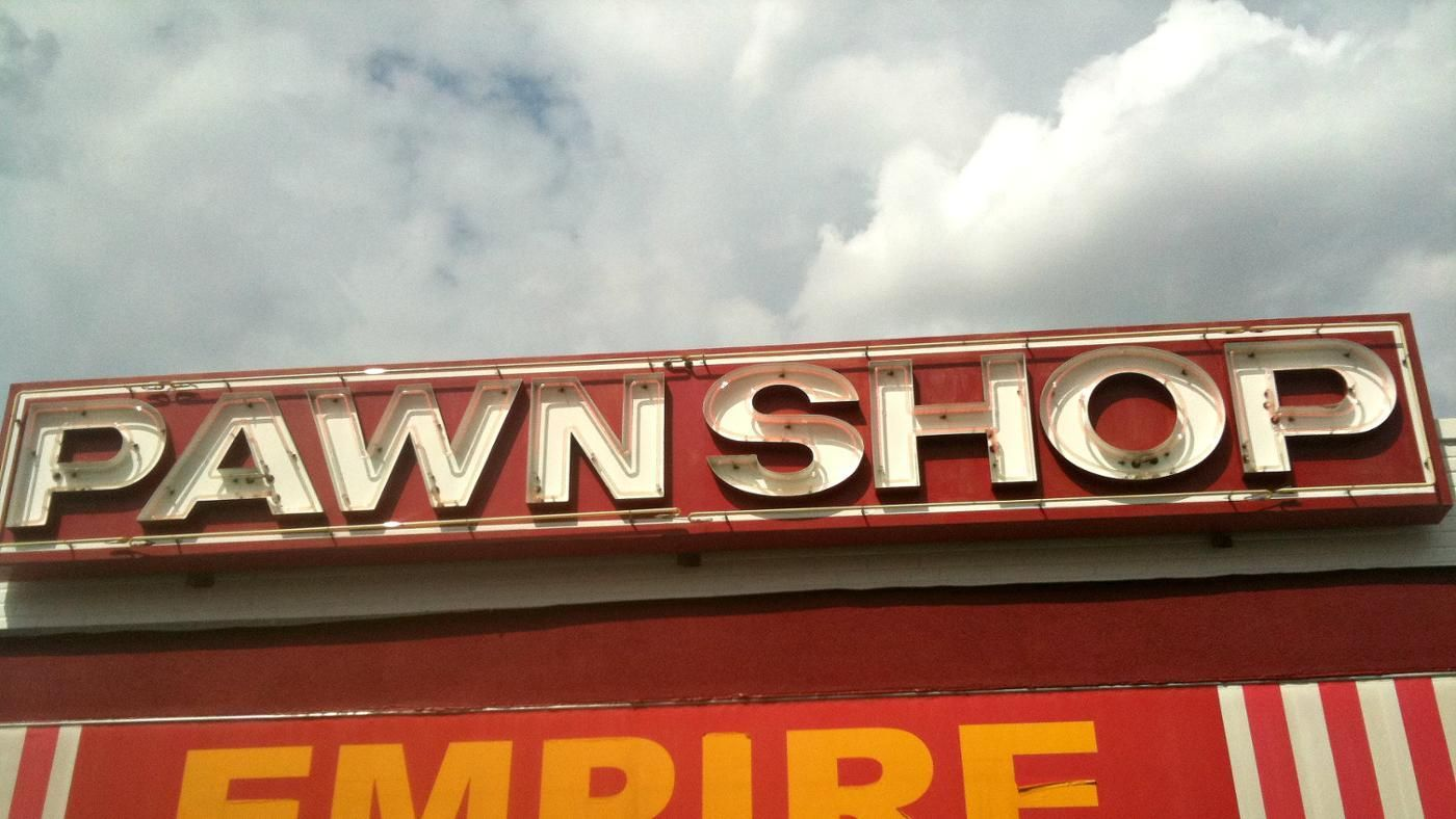 Are Pawn Shops Open On Sunday?