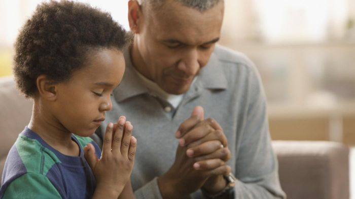What Is an Example of a Prayer of Encouragement?