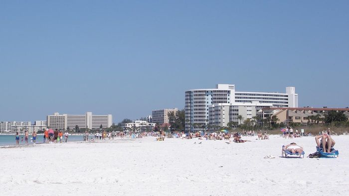 What are some good places to visit in Sarasota, Florida?