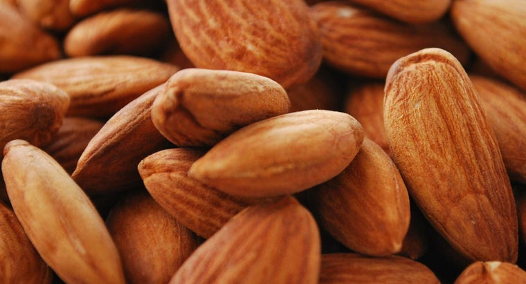 What Steps Need to Be Completed in Order to Blanch Almonds?