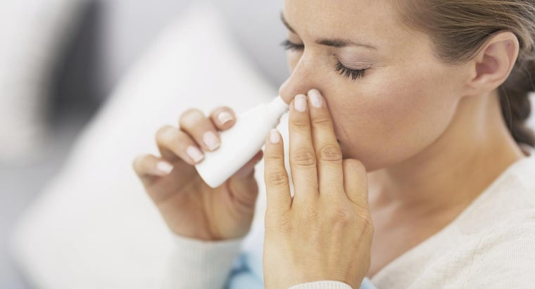 What Is a Home Remedy for Colds and the Flu?
