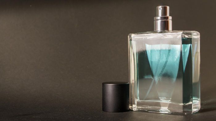 What Types of Scents for Men Does Macy's Offer?