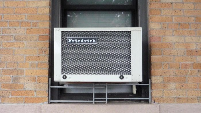 What Are the Top Brands of Window Air Conditioners?
