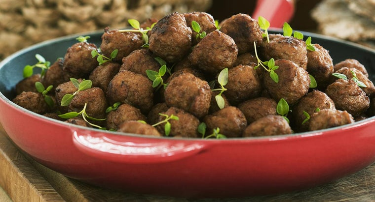 What Is a Simple Recipe to Make the Best Frozen Meatballs for Future Meals?