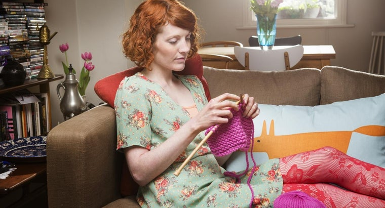 What Are Some Beginner Knitting Patterns?