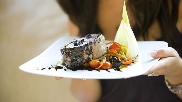 What Is the Typical Cooking Time for Filet Mignon?