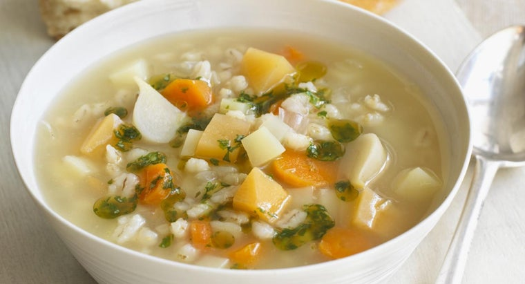 What Are Some Simple Vegetable Soup Recipes?