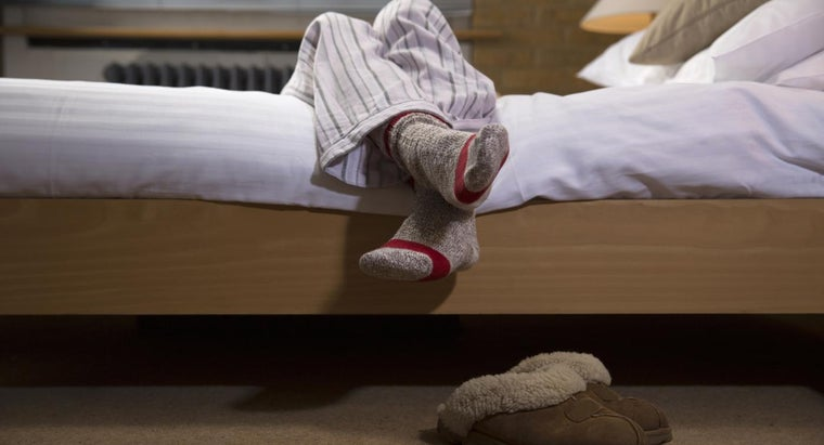 What Are Symptoms of Tired Legs?