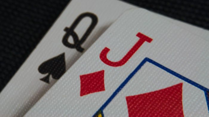 What Are the Rules for Pinochle?