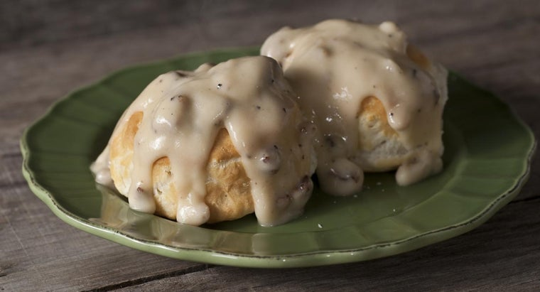 What Are Some Biscuit Gravy Recipes?