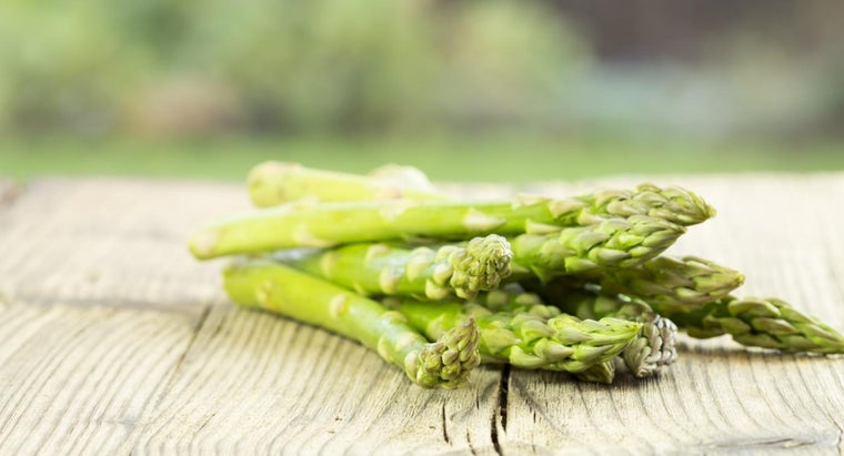 What Are the Best Recipes for Cooking Asparagus on the Stove?