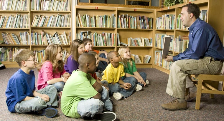What Are Some Good Reading Games for Fourth Graders?