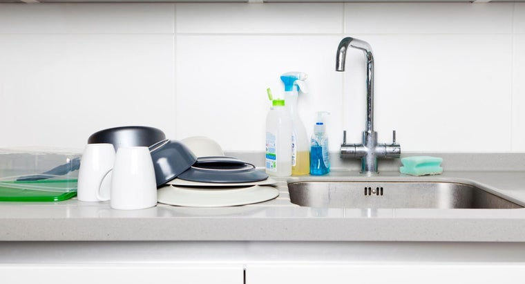 How Do You Repair Kitchen Sink Faucets?