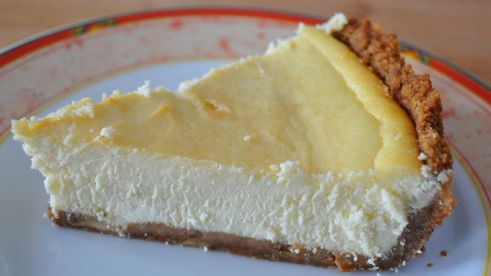 What Is a Simple Recipe for Italian Ricotta Cheesecake?