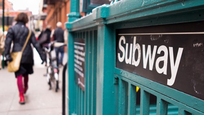 What Are Some Stations on the Manhattan Subway Map?