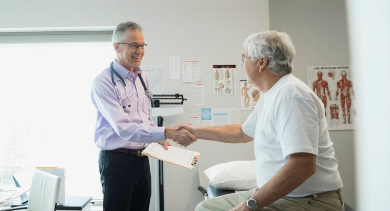 Do Health Insurance Providers Offer a Physician Locator Online?